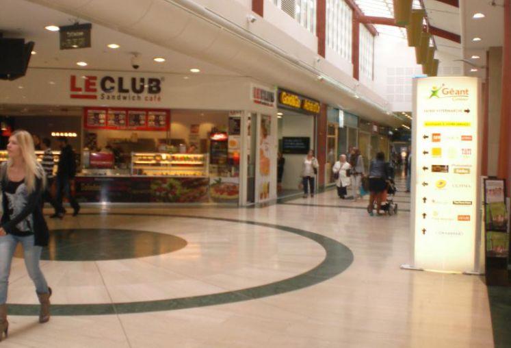 Location local commercial à Roubaix - Ref.59.7740 - Image 1