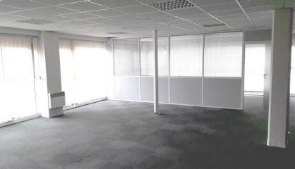 Vente bureaux à Calais - Ref.62.7199 - Image 1