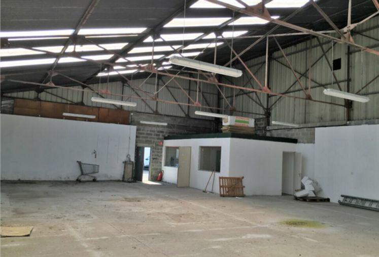 Vente local d'activité - entrepôt à Valenciennes - Ref.59.9879