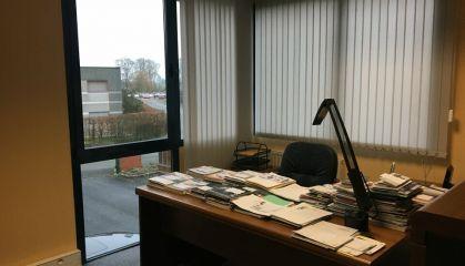 Vente bureaux à Willems - Ref.59.9883