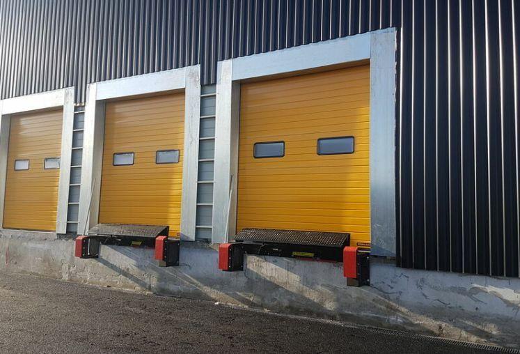 Location local d'activité - entrepôt à Bassens - Ref.33.7771 - Image 3