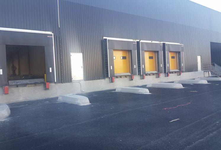 Location local d'activité - entrepôt à Bassens - Ref.33.7772 - Image 3