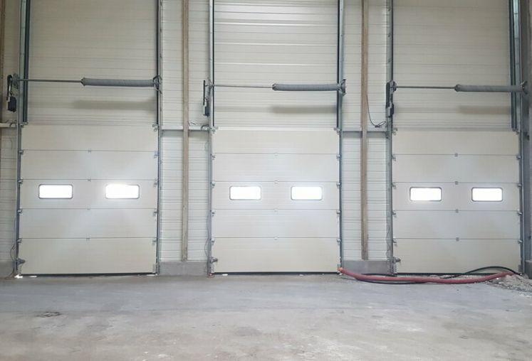 Location local d'activité - entrepôt à Bassens - Ref.33.7772 - Image 4