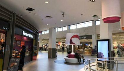 Location local commercial à Saint-Quentin - Ref.62.7307