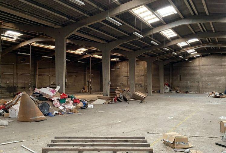 Location entrepôt - atelier à Salomé - Ref.59.9856