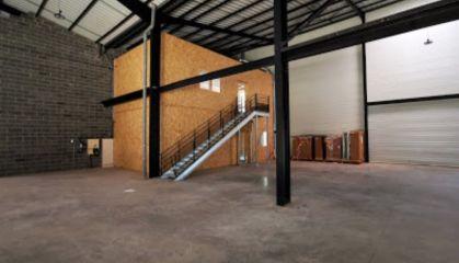 Location local d'activité - entrepôt à Lesquin - Ref.59.9981 - Image 2