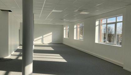Location bureaux à Croix - Ref.59.9993