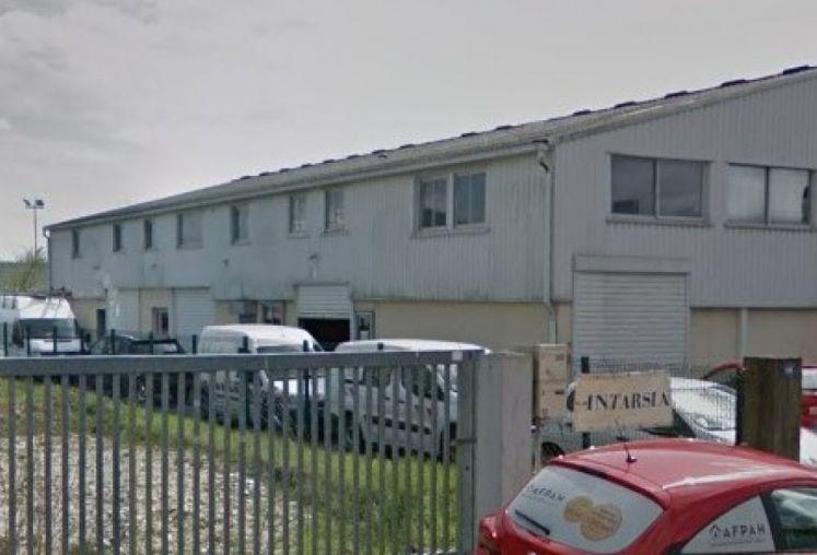 Location local d'activité - entrepôt à Villenave-d'Ornon - Ref.33.7816