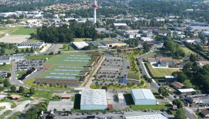 Location local commercial à Artigues-près-Bordeaux - Ref.33.7789 - Image 2