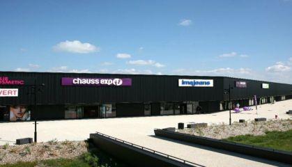 Location local commercial à Saint-André-de-Cubzac - Ref.33.7843 - Image 2