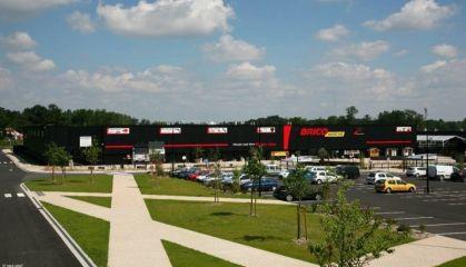 Location local commercial à Saint-André-de-Cubzac - Ref.33.7843 - Image 3