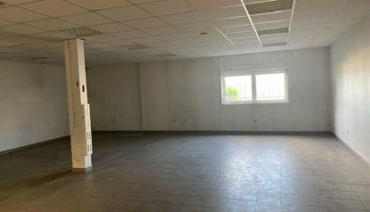 Location entrepôt - atelier à Gravelines - Ref.59.10029 - Image 4