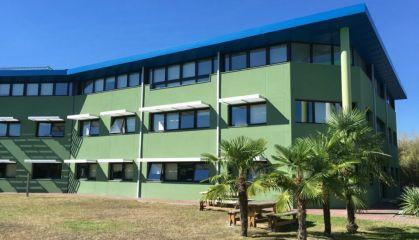 Location bureaux à Canéjan - Ref.33.7853