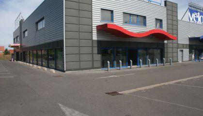 Location local commercial à Hénin-Beaumont - Ref.62.7239 - Image 1