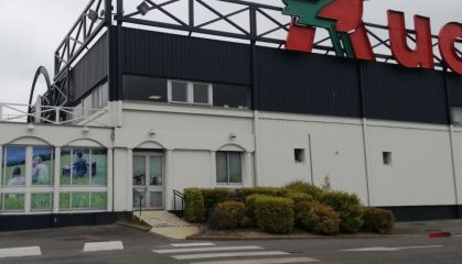 Location local commercial à Viry-Noureuil - Ref.02.7023 - Image 1