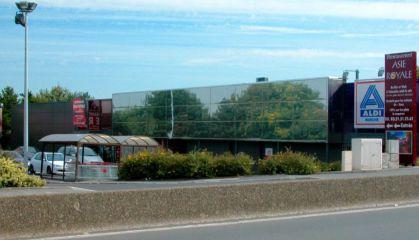 Location local commercial à Arras - Ref.62.7269 - Image 1