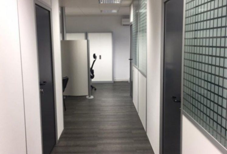Vente bureaux à Floirac - Ref.33.7679 - Image 1